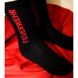 Feuerwehrsocke schwarz mit FEUERWEHR in rot