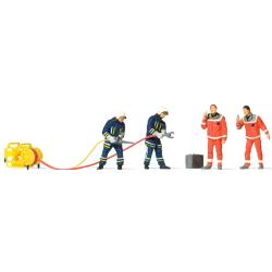Equipment 1:87 Figuren Feuerwehrmänner with...