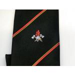 Uniformkrawatte nero con Emblem + Diagonalstriscia