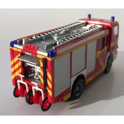 Modello di automobile 1:87 MB Actros S HLF 24/20-2 BF Bremerhaven (BRE) (FEUER1-Exklusivmodell)