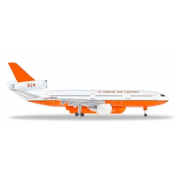 Model car 1:500: Tanker Air Carrier McDonnell Douglas...