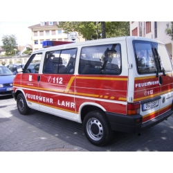 Model car 1:87 VW T4 KR MTW FF Lahr (BaWü)...